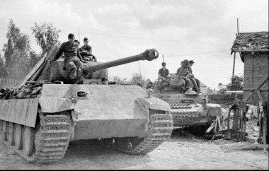 Pz.V Ausf.G Panther and Pz.IV of the 6th Panzer Division. Lithuania 1944.jpg