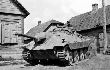 Lithuania 1944 a Jagdpanzer 38 (t) 3. - Heeres Panzerjäger-Abteilung 731. The unit will end the war in the Courland pocket..jpg