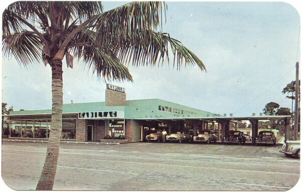 CADILLAC 1949 postcard Dealership, Ft.jpg