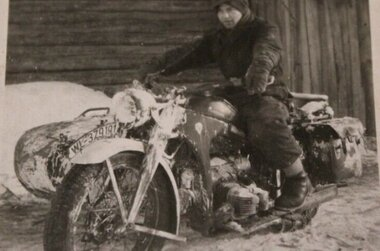 Zündapp KS 600 Winter Camo. 1943.jpg